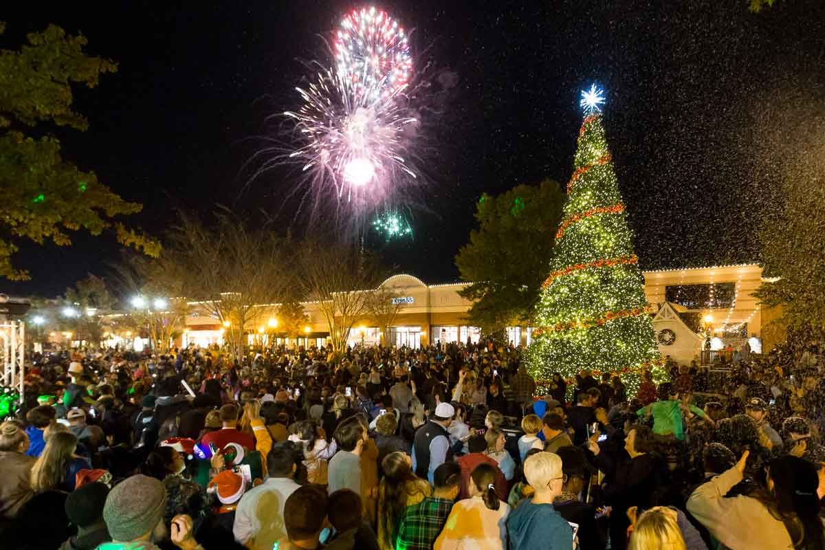 Christmas Lightup - The Shoppes at EastChase